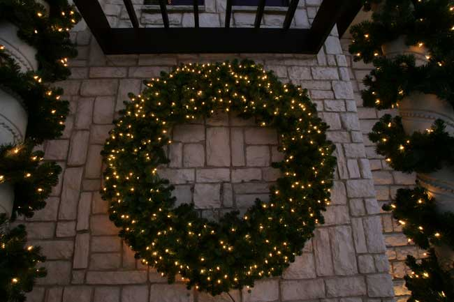 Holiday Lighting – Landscaping Raleigh | Lawn Care Raleigh | JT's ...